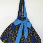 Borsa blu con tessuti africani